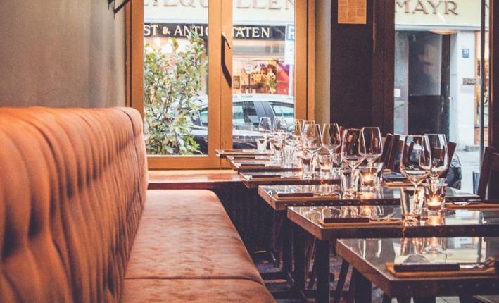 italianshot-restaurant-bar-italiener-muenchen-maxvorstadt-neapolitanische-pizza-pasta-drinks-interior-einrichtung